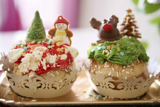 Cupcakes divertenti con gli amaretti — Foto stock