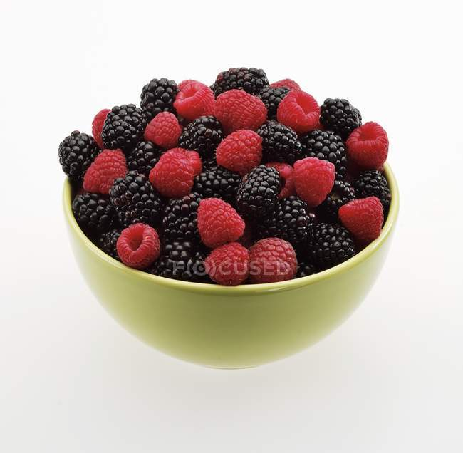 Fresh Raspberries and Blackberries — Stock Photo