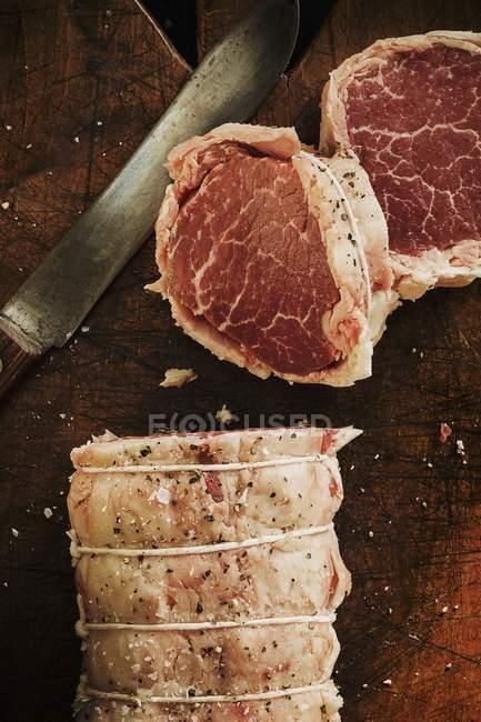Вирізка нарізаний яловичини — стокове фото