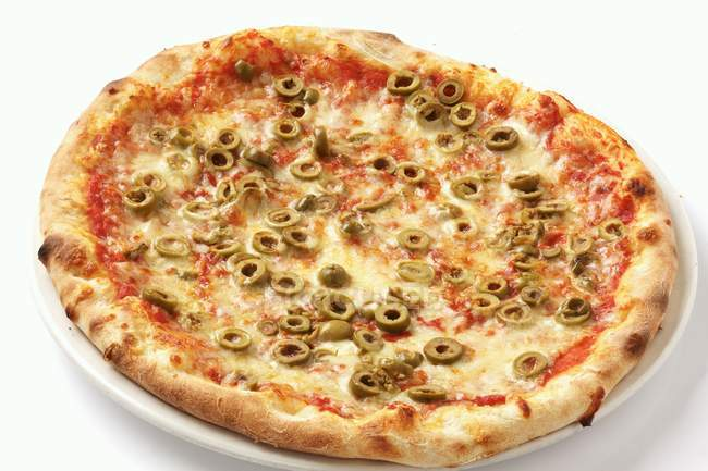 Pizza Margherita with green olives — Stock Photo