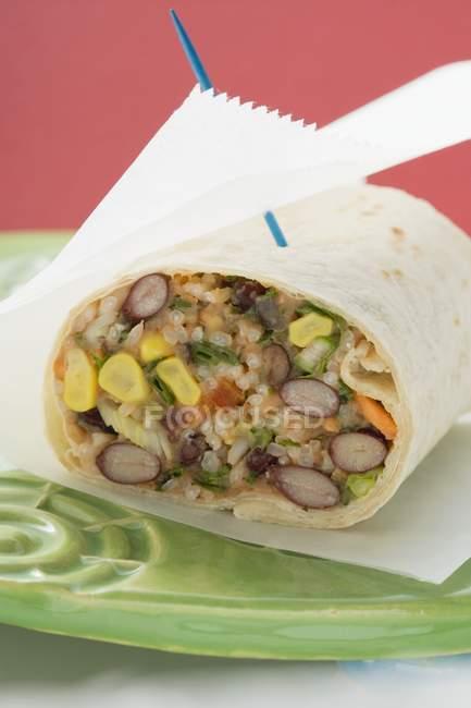 Burrito de feijão e arroz — Fotografia de Stock