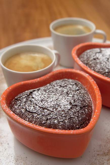 Мини-в форме сердца шоколад торты — стоковое фото