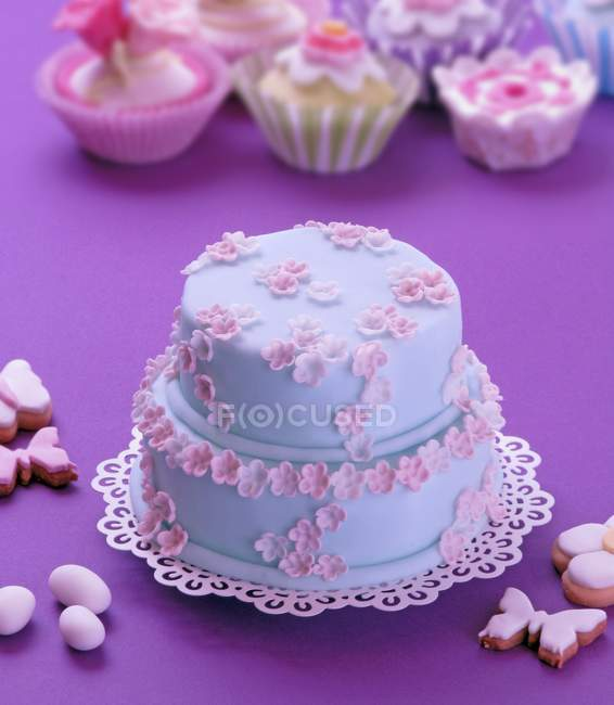 Easter cake decorated with blue icing — Stock Photo