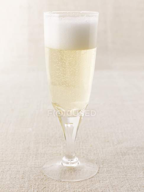 Glass of sparkling wine — Stock Photo