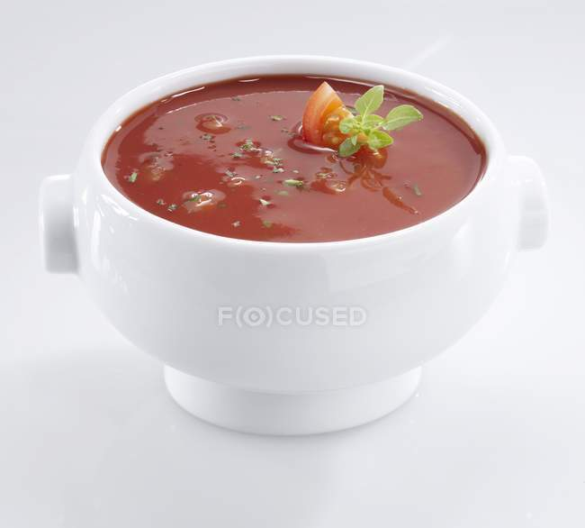 Tomato soup in bowl — Stock Photo