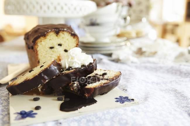 Шоколад чип хлеб торт — стоковое фото