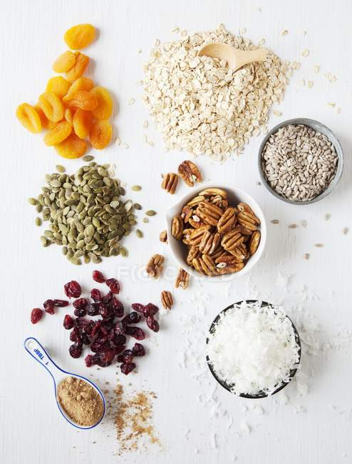 Ingredienti per muesli croccante — Foto stock