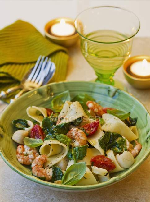 Pappardelle pasta with seafood — Stock Photo