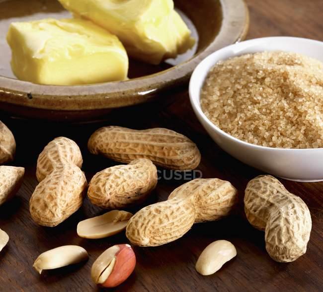 Інгредієнти для арахісове крихке — стокове фото