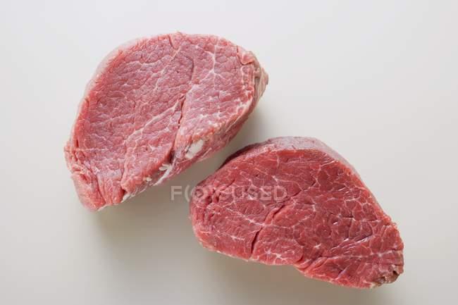 RAW яловичини медальйони — стокове фото