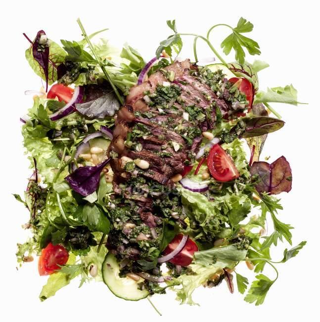 Смешанный салат из листьев — стоковое фото