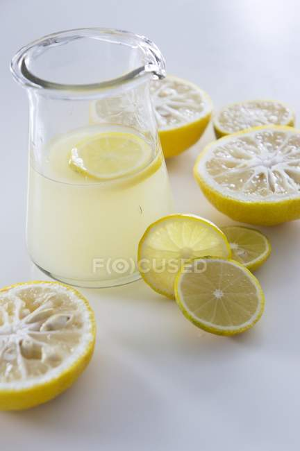 Succo di yuzu pressato — Foto stock