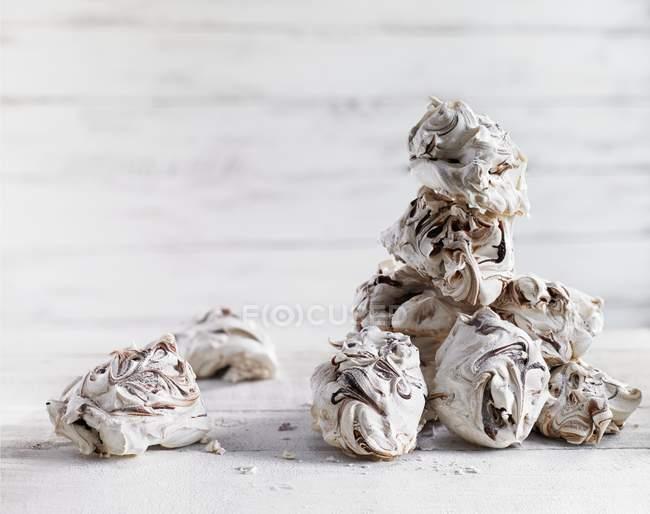 Sweet Marbled meringues — Stock Photo
