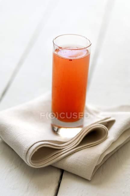 Copo de suco de fruta — Fotografia de Stock