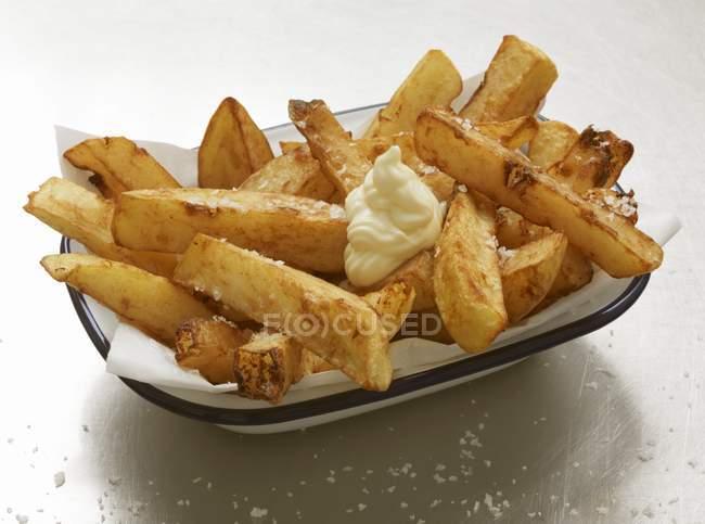 Pommes de terre frites à la mayonnaise — Photo de stock