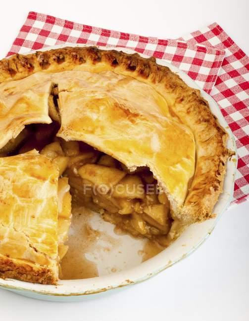 Teilweise gegessen Apfelkuchen — Stockfoto