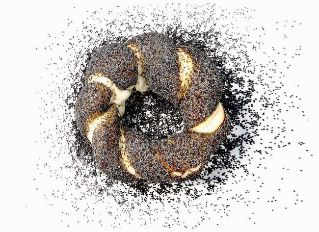 Poppy seed roll — Stock Photo