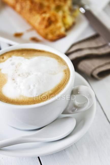 Cappuccino with milk foam — Stock Photo