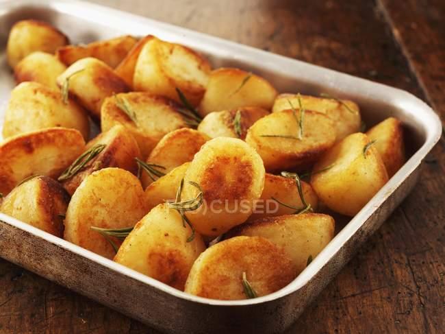 Batata assada de Rosemary — Fotografia de Stock