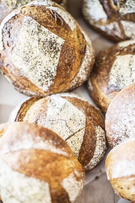 Fatias de pão branco — Fotografia de Stock