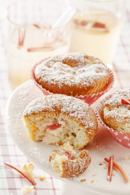 Rhubarb Muffins on plate — Stock Photo