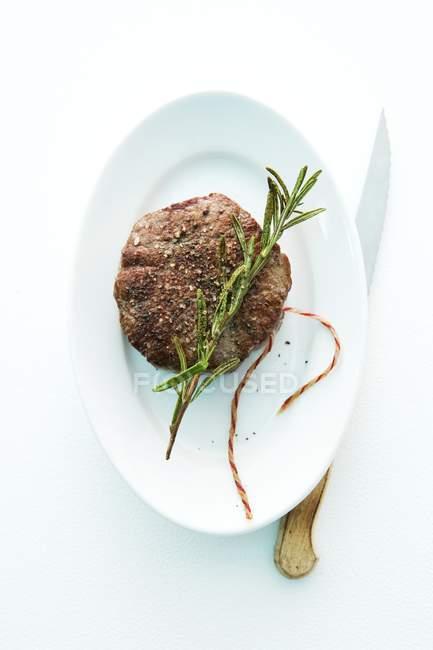 Медальйон смаженого Філе яловичини — стокове фото