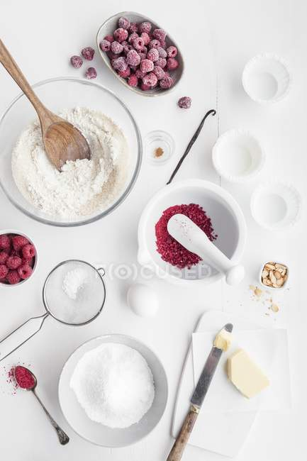 Ingredients for raspberry and almond muffins — Stock Photo
