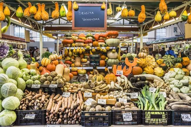 Картинки по запросу овощной рынок