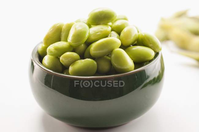 Bowl of fresh soya beans — Stock Photo