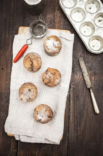 Muffins de puce avec le sucre à glacer — Photo de stock
