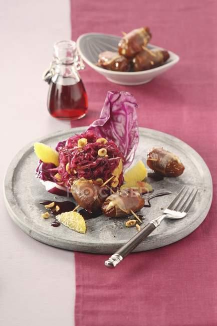 Insalata di cavolo rosso marinato — Foto stock