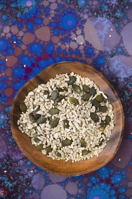 Mezcla de varias semillas - foto de stock