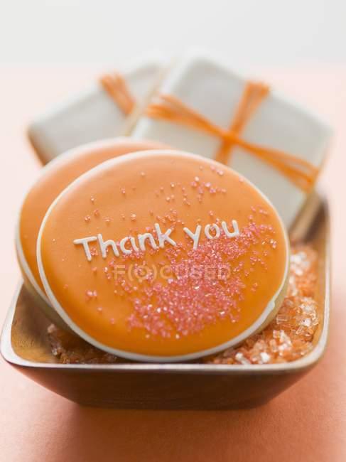 Primo piano vista dei biscotti con glassa e zucchero per il Ringraziamento — Foto stock