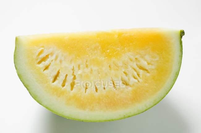 Fatia de melancia amarela — Fotografia de Stock