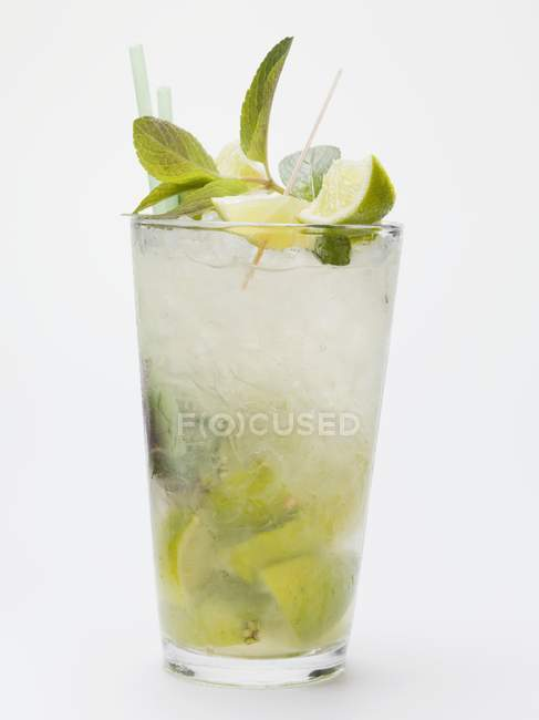 Mojito with lime and mint — Stock Photo