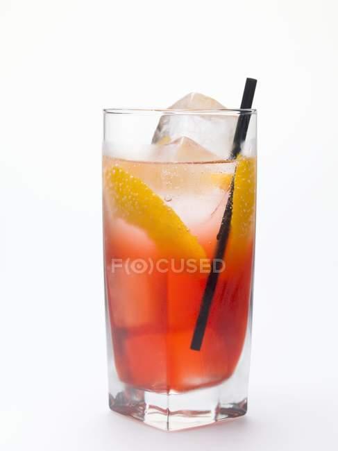 Campari Soda à la peau de citron — Photo de stock