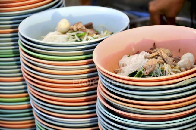 Sopas de macarrão com carne — Fotografia de Stock