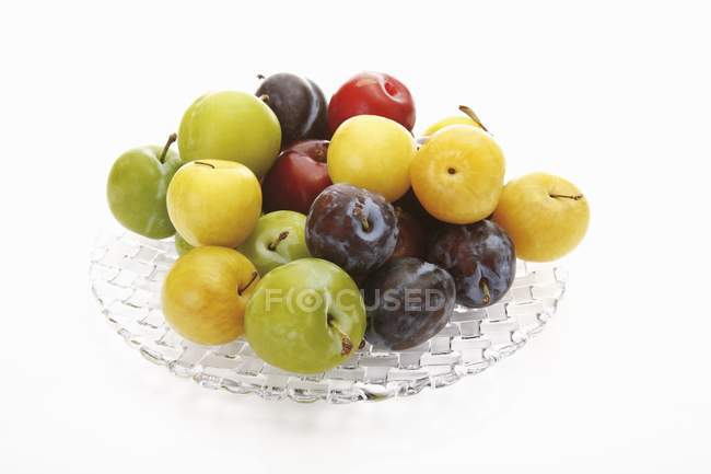 Red and yellow plums — Stock Photo