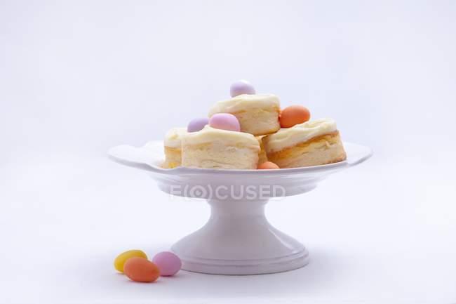 Мини-ватрушки с ванильным кремом — стоковое фото