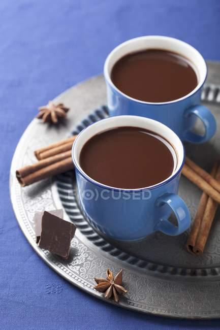 Гарячий шоколад зі спеціями — стокове фото