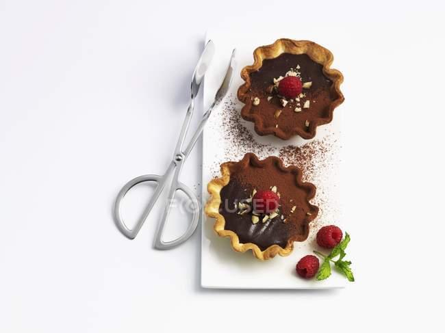 Шоколад ватрушки з малиною — стокове фото