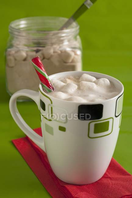 Белый горячий шоколад — стоковое фото