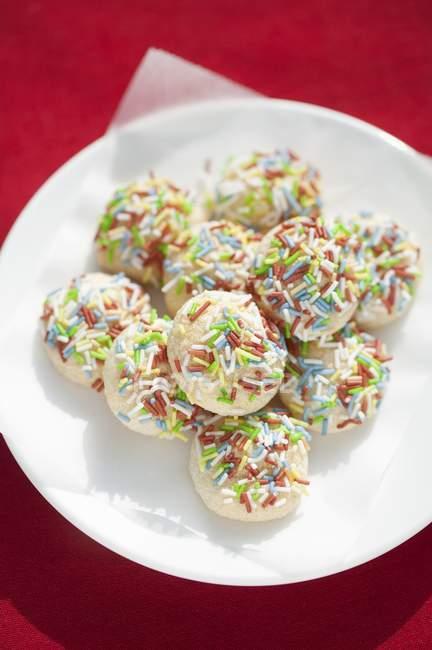 Granas de azúcar multicolor - foto de stock