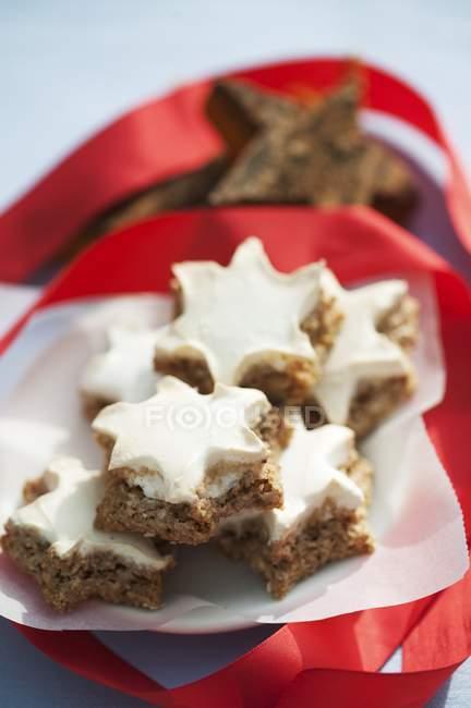 Biscuits de Noël cannelle étoiles — Photo de stock
