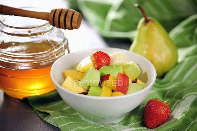 Salada de fruto com mel — Fotografia de Stock