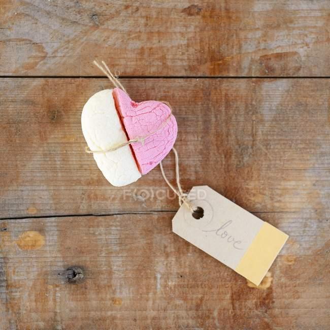 Heart shape made of marshmallow — Stock Photo