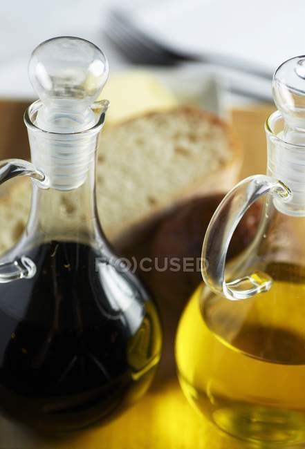 Vinaigre balsamique en bouteilles — Photo de stock