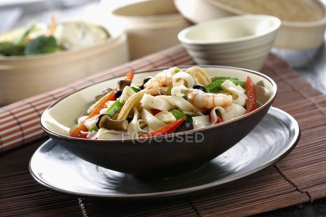 Nouilles de riz aux légumes — Photo de stock
