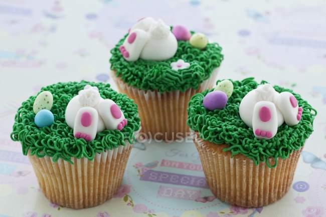 Cupcakes de baunilha com creme — Fotografia de Stock