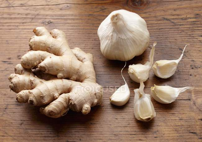 Fresh Garlic and Ginger — Stock Photo